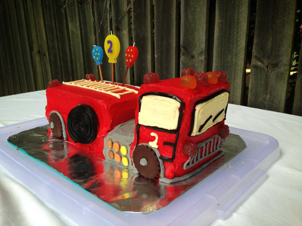 Mums In The Kitchen Fire Truck Cake