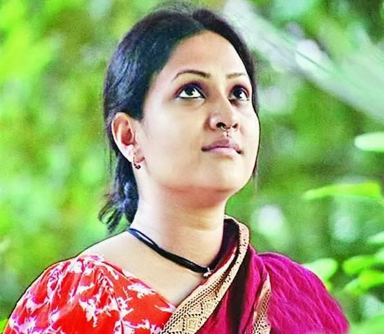 bangladeshi-actress-richi-fucking-photos-emmanuelle