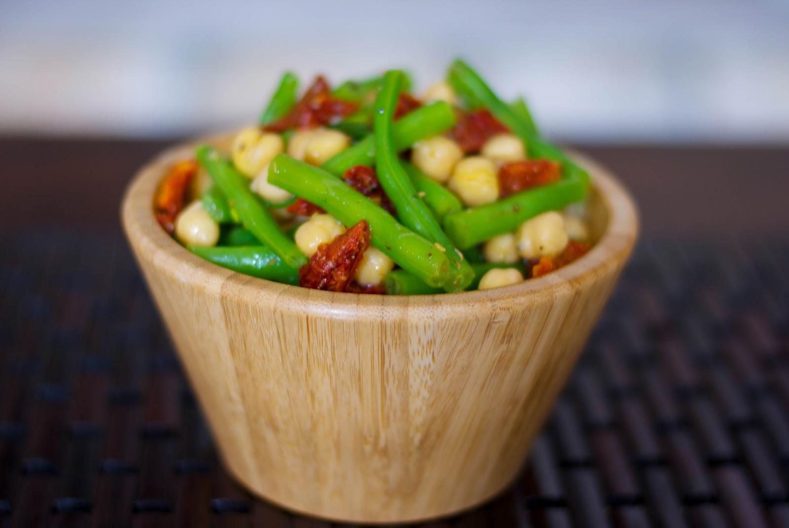 ... Experimental Kitchen: Mediterranean Garbanzo and Green Bean Salad