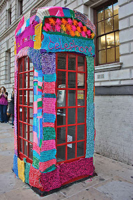yarn bomb london telephone box yarn bombing