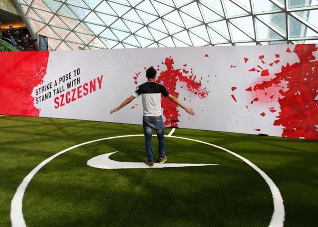 Nike lance le Nike Football Stadium avec le mur de Szcesny