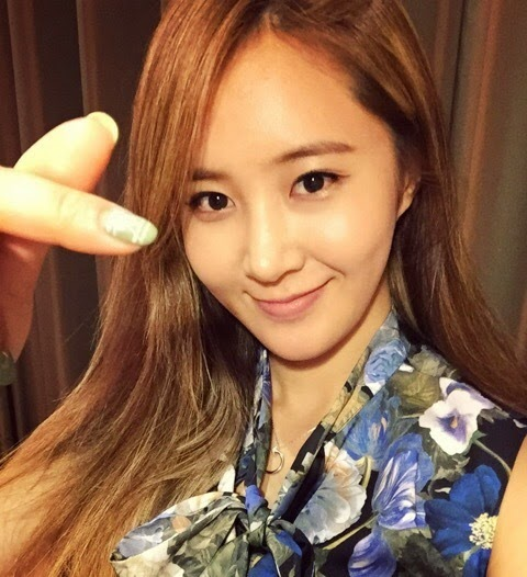 SNSD Selca  Home  Facebook