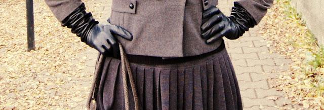 długie rękawiczki