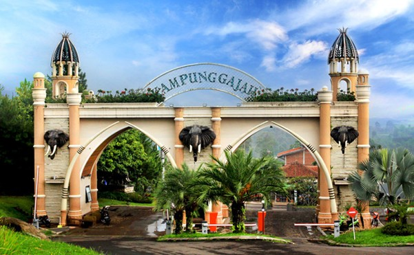 Tempat Wisata Kampung Gajah Lembang Bandung