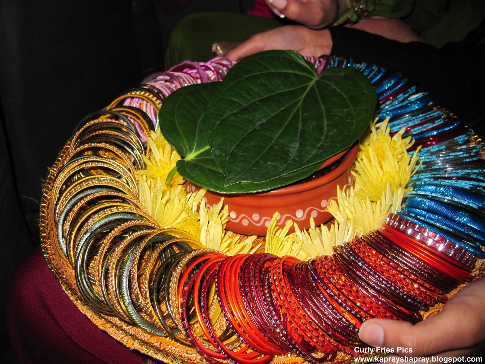 Mehndi Thaals : Curly fries mehndi nights thaals