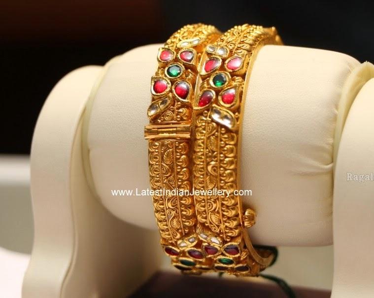 Kundan Gold Bangles Pair