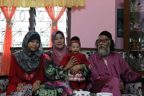 RaYa ! FL- Me , Mom , Raiyyan , Dad