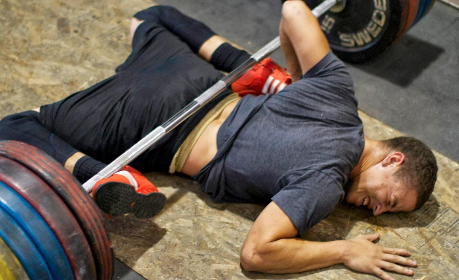 [JEU] Ressemblance avec l'image d'au dessus  Musculation-jambes-fail