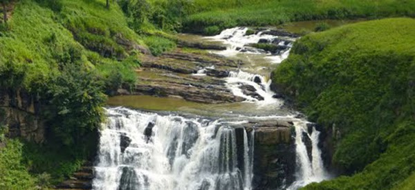 St Clair Water Fall Gihan Tours Sri Lanka