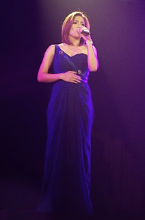 Angeline Quinto blue gown