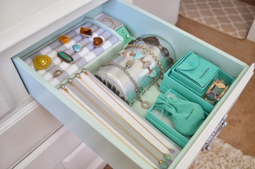 Modern Bohemian Lifestyle DIY Ring Organizer