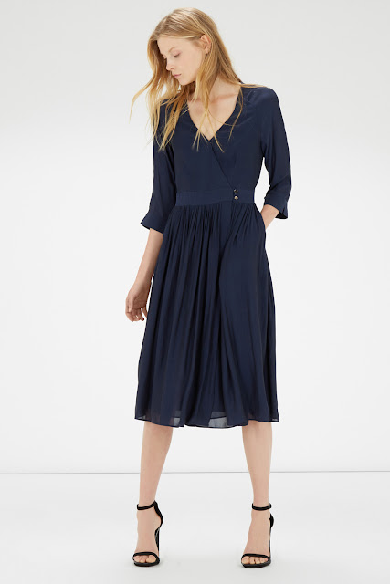 navy wrap dress with pockets, warehouse navy dress, navy wrap dress 2015,