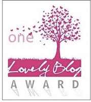 MY LOVELY BLOG AWARD!