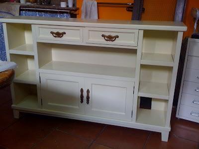Pincel verde reciclado de muebles - Pintar muebles barnizados sin lijar ...