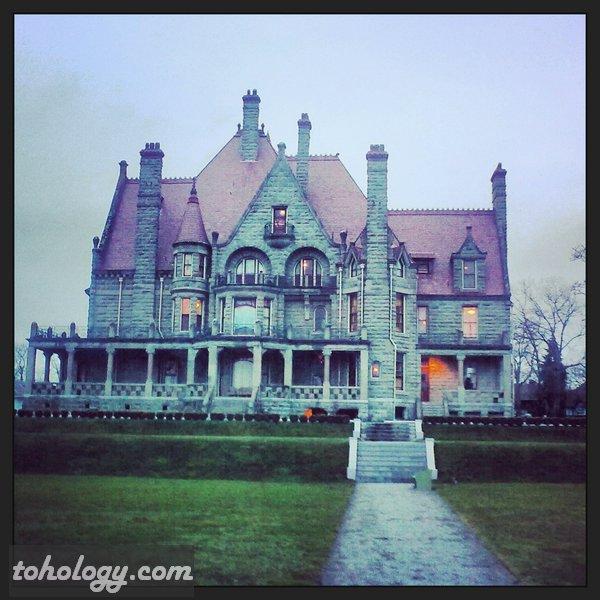 Craigdarroch Castle Historic House Museum in Victoria, Canada