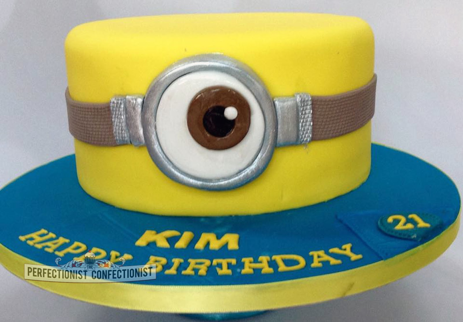 The Perfectionist Confectionist Minion 21st Birthday Cake