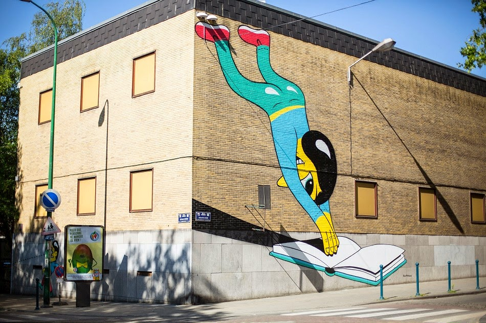 Danish artist and illustrator, Huskmitnavn, has recently spent couple of days in Charleroi creating couple of works around the city for their Asphalte Bienal D'Art Urbain.