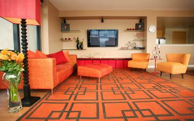 Ruang keluarga Dengan Sentuhan Warna Orange 2
