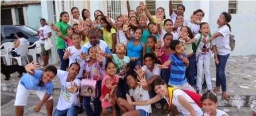 IAM e JM da arquidiocese de Aracaju visitam famílias