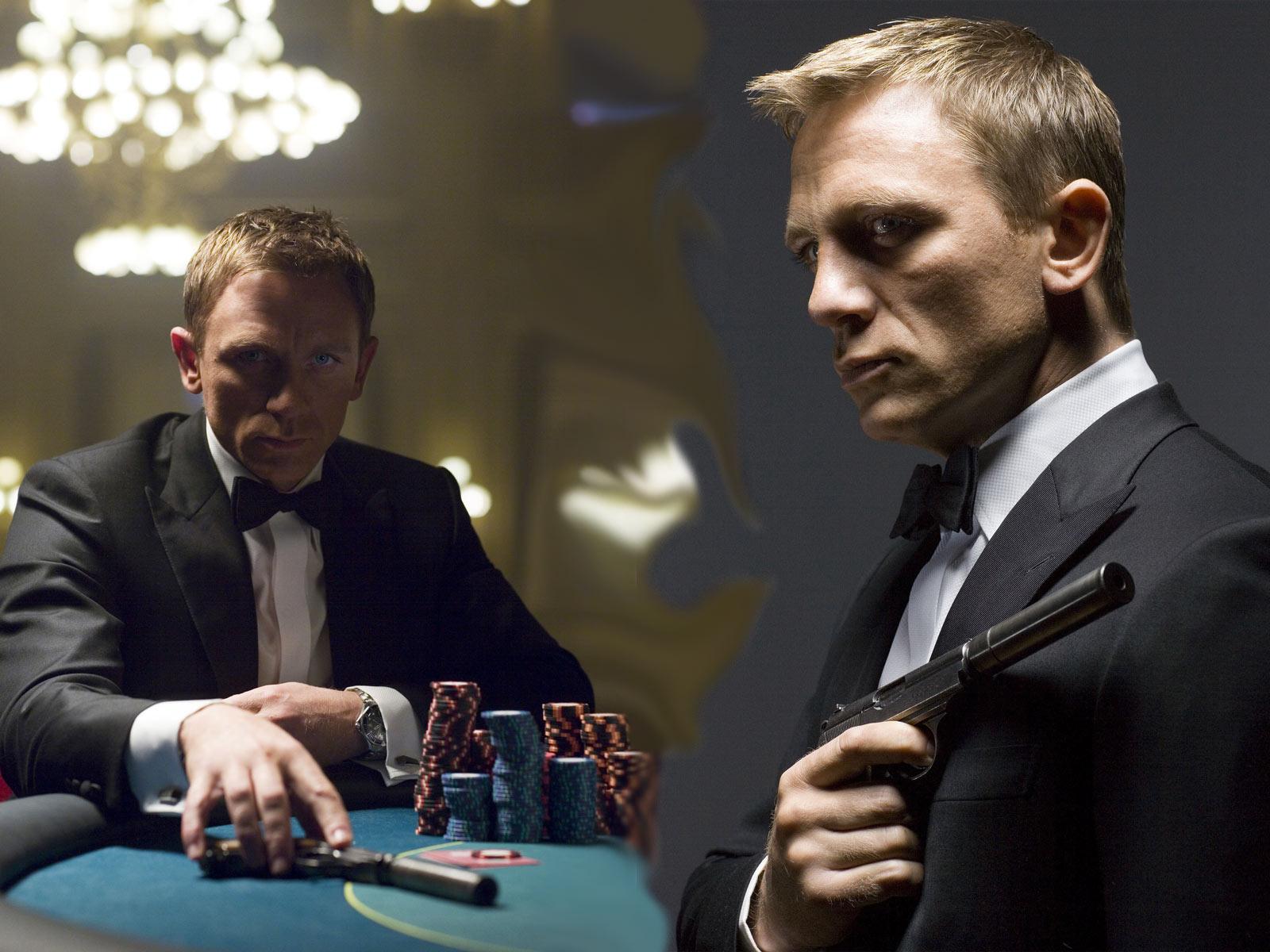 http://4.bp.blogspot.com/-1N_hGVUxVMA/TrMrX-lYK6I/AAAAAAAADyE/ULBBmoEy7sA/s1600/Daniel-Craig-as-James-Bond.jpg