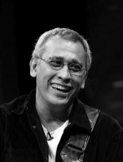 Biografi Iwan Fals Musisi Indonesia