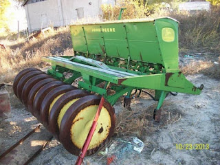 John Deere LZ planter
