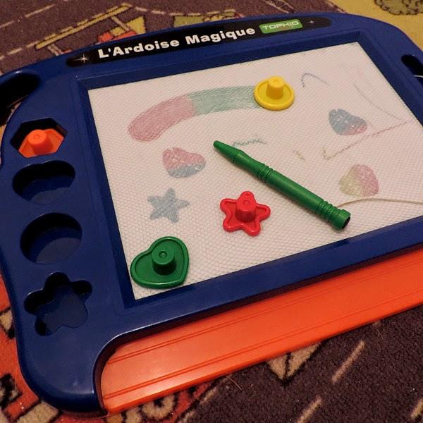On fait koi loustic et son ardoise magique mes jouets pr f r s 1 - Paillis ardoise leclerc ...