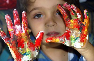 http://4.bp.blogspot.com/-1Odb8YTBrMo/TgCGSl3cH9I/AAAAAAAABTc/cnmrVA18vhA/s1600/pintura_arte_fotografia_color_ninos_.jpg