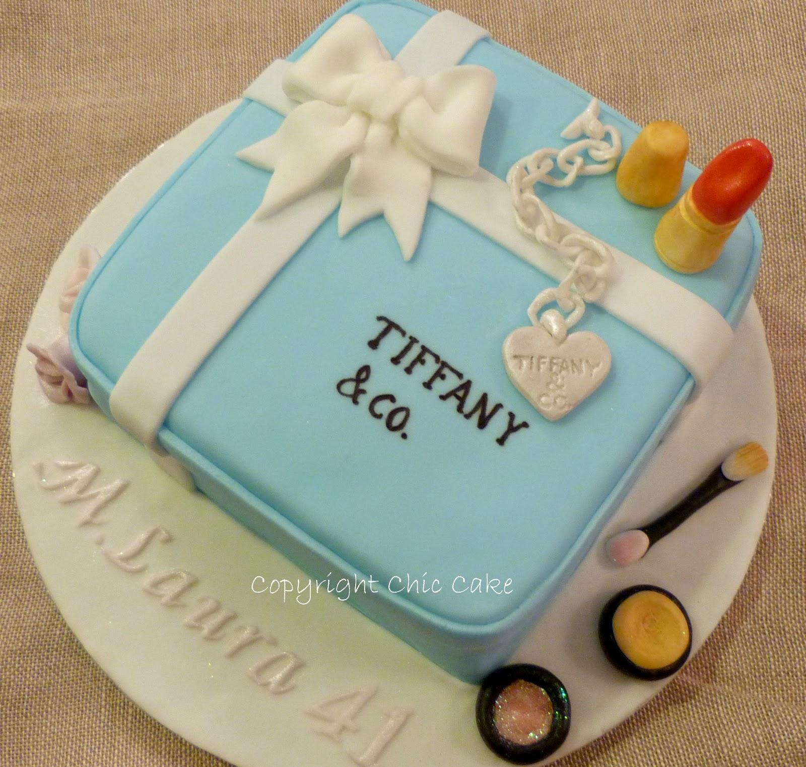 Corso Di Cake Design Roma Groupon : Corso cake design -modulo base- scatola Tiffany da Chic ...