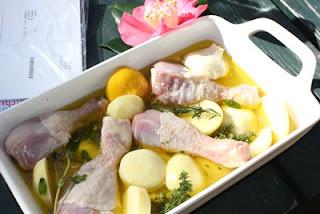 Gà và khoai tây đúc lò