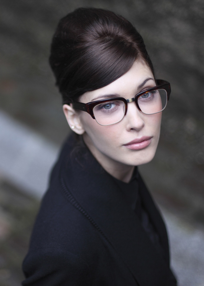 Oliver Goldsmith glasses: Consul MB