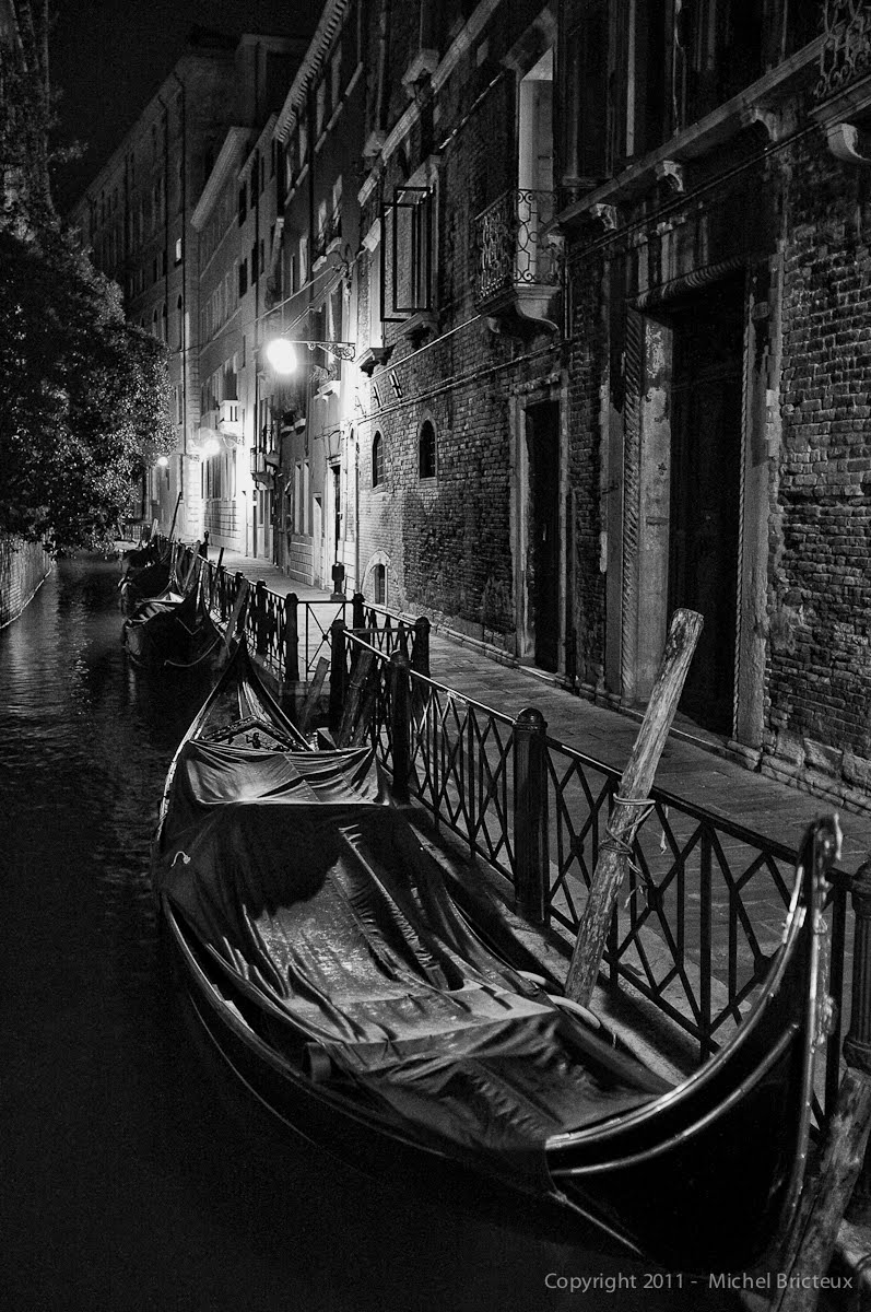 Fujifilm X100 : Night in Venice