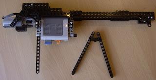 zijaanzicht van LEGO machine geweer