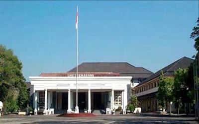 SMA Terbaik di Indonesia - SMAN 3 Semarang