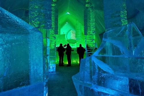 Hôtel de Glace, Canada - Top 10 Coolest Snow Buildings
