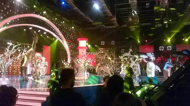 Foto de la actuación del elenco del Rey León
