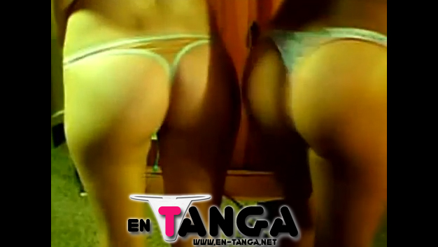 Chicas Chateando En Tanga (Video)