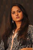 Anushka latest glamorous photos-thumbnail-22