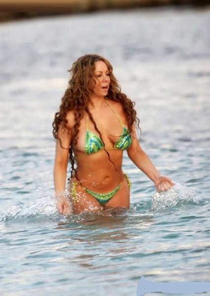 http://4.bp.blogspot.com/-1QEWqRgd5YQ/TwU9Jrp36HI/AAAAAAAAHxM/fx68Zp5mLNM/s640/Mariah+Carey+5.jpg