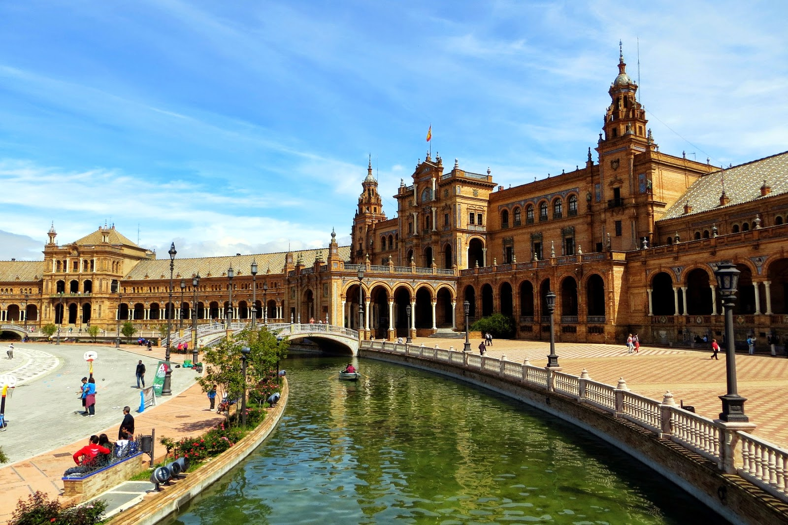 giro dell'Andalusia in autobus e treno