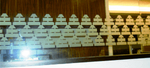 Cutting sticker bursa efek jakarta