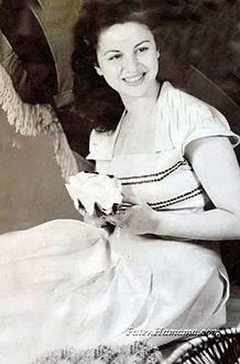 وفاة الفنانة القديرة فاتن حمامة سيدة الشاشة العربية