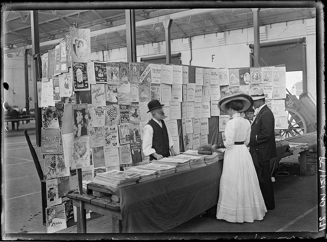 Sydney markets, by Rex Hazlewood, c. 1911-1916.