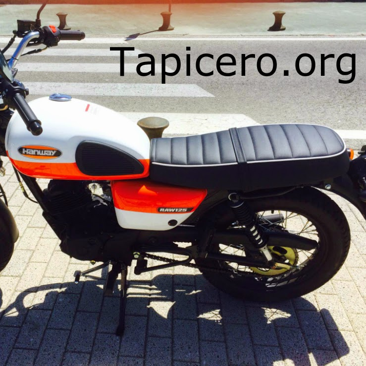Tapizado asiento moto a rayas