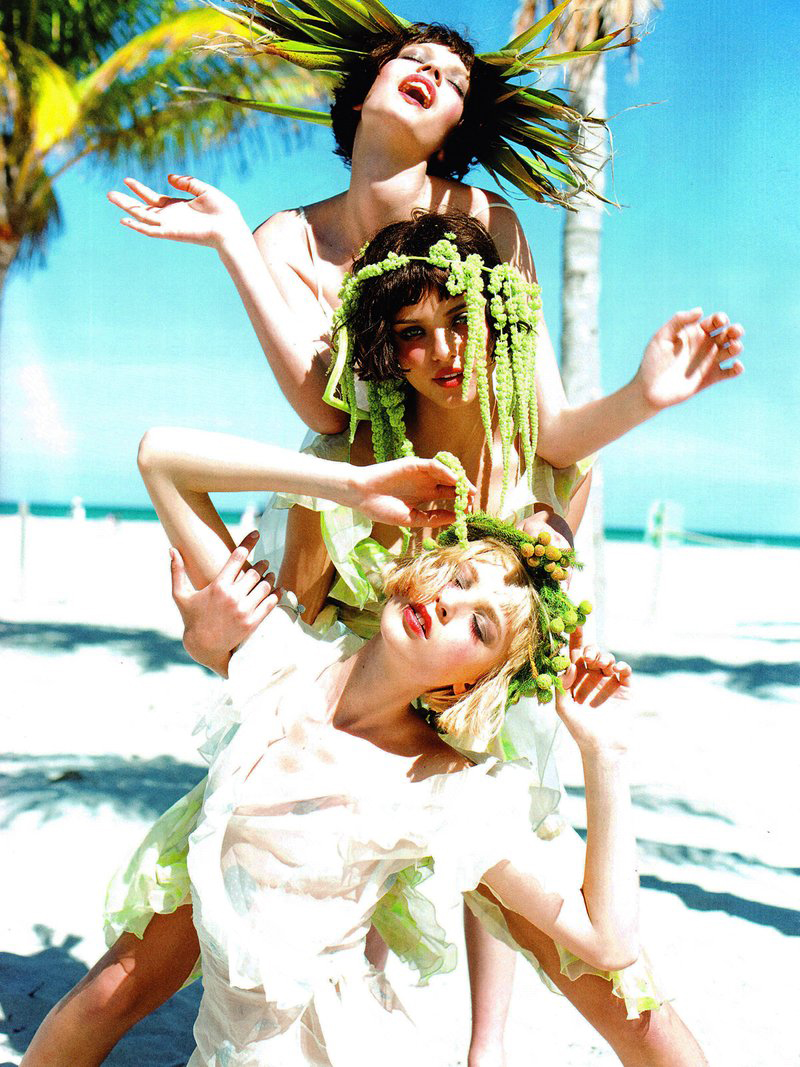 via fashioned by love | Heloise Guerin, Lais Oliviera & Mina Cvetkovic in Vogue Italia Beauty May 2010 (photography: Ellen von Unwerth, styling: Giovanna Barraglia)