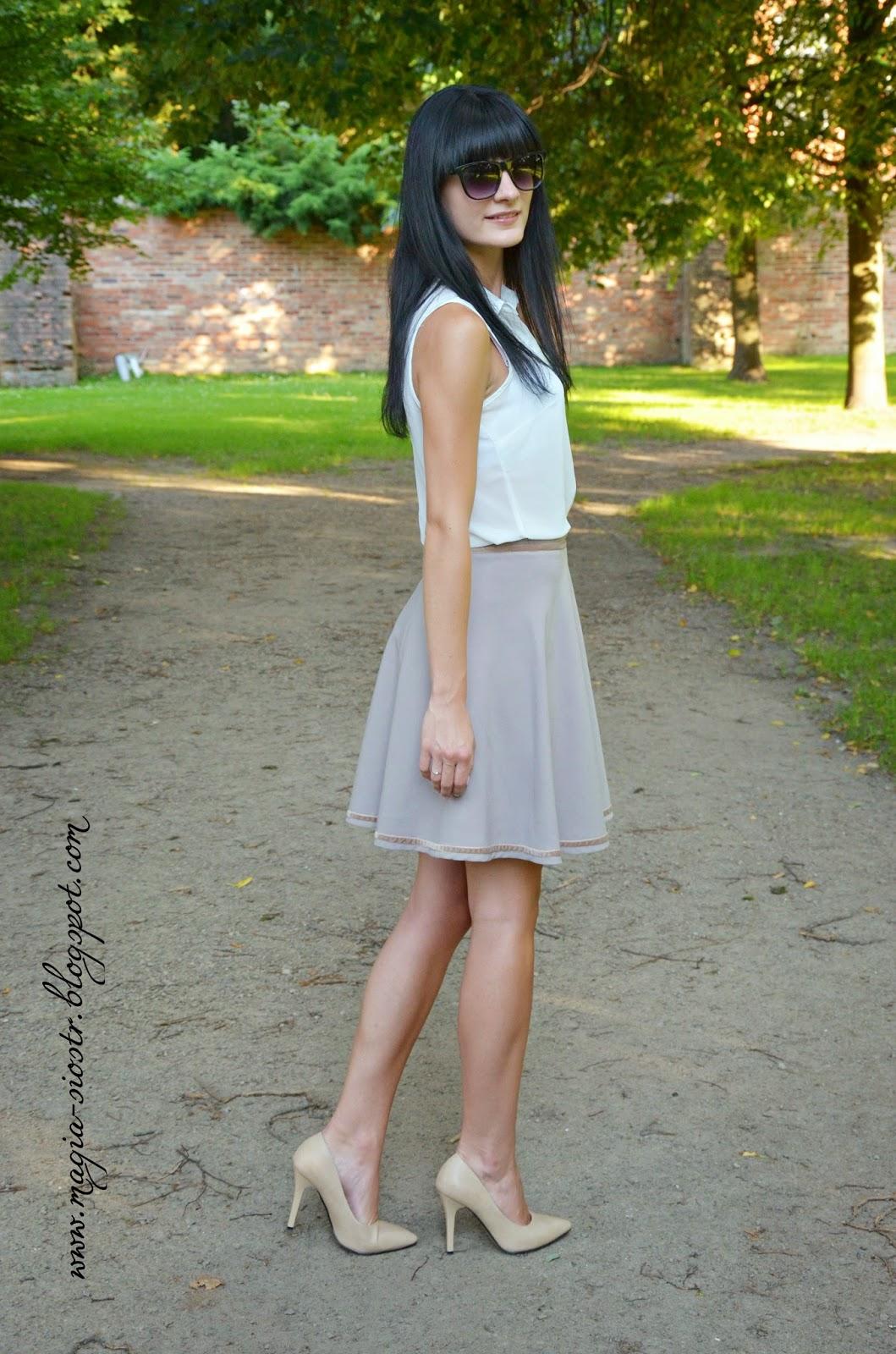 rozkloszowana, elegancka spódnica