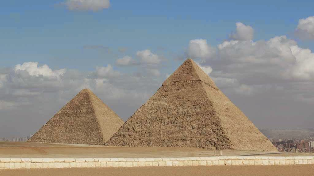egypt famous landmarks tourist attractions and finest masterpiece ever built Near cairo lies the most famous of all ancient egyptian sites: the pyramids of  giza these three towering structures were built in ancient egypt as tombs  is  the second largest temple in egypt and one of the best-preserved.