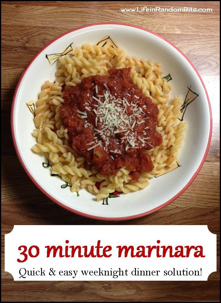 30 minute marinara! A quick and easy weeknight dinner solution. #pasta #italian