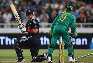 1st Semi Final match of ICC Champions Trophy 2013 is between RSA Vs England.