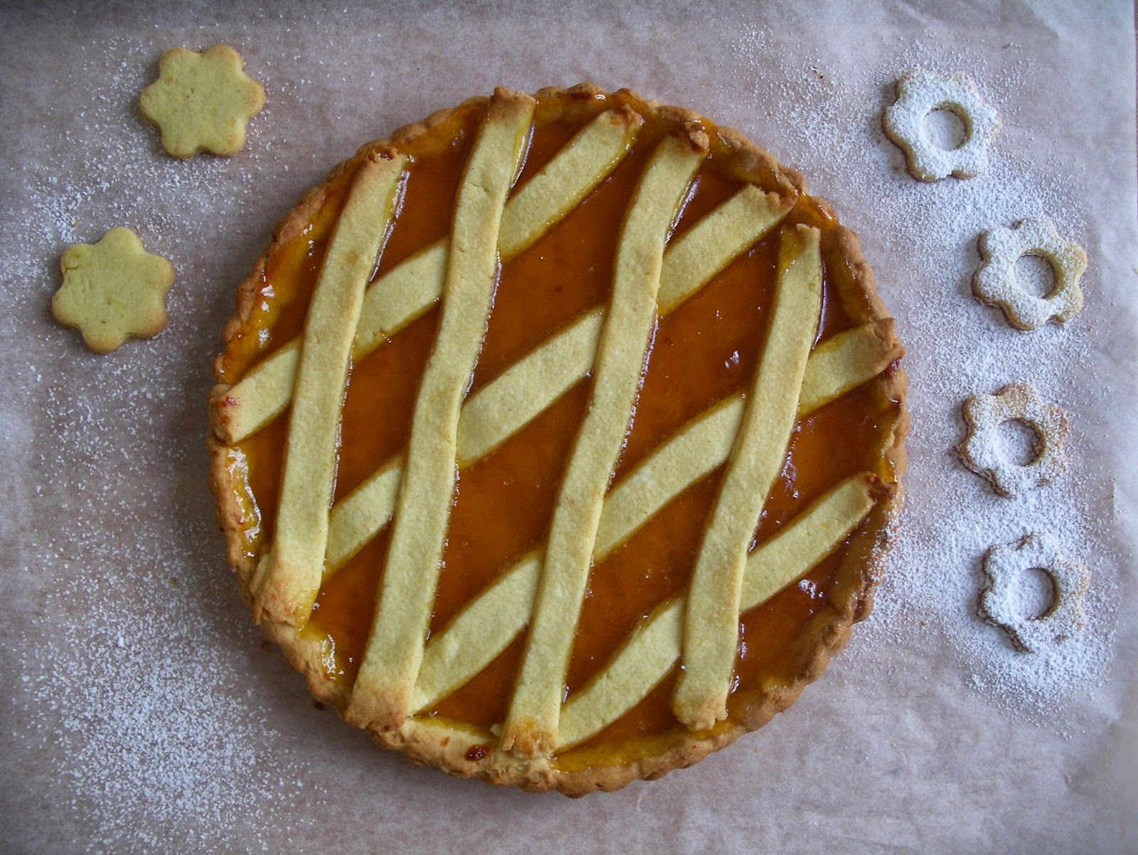 How to cook a sand pie with jam or just a quick pie